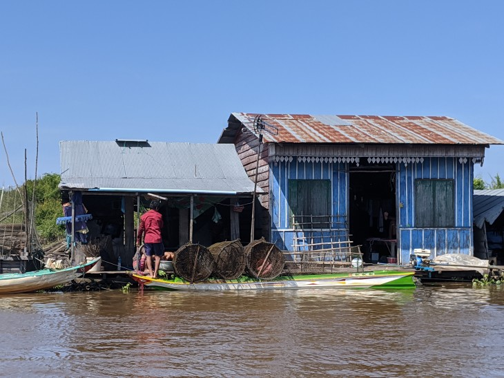 Tonle lake community